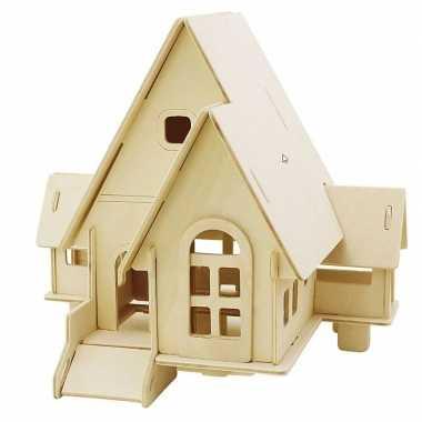 Feest houten 3d bouwpakket huis met puntdak 22 x 17 x 20 cm