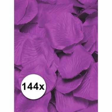 Feest luxe lila rozenblaadjes