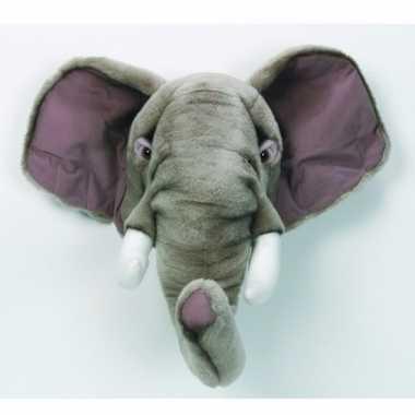 Feest olifanten kop van stof