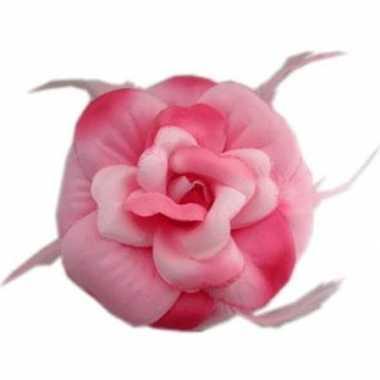 Feest roze bloem voor in het haar