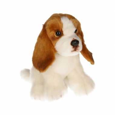 Feest zittende basset hond knuffeldier