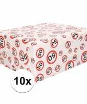 Feest 10x inpakpapier cadeaupapier 50 jaar 300 x 70 cm op rol