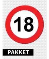 Feest 18 jarige verkeerbord decoratie pakket
