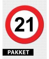Feest 21 jarige verkeerbord decoratie pakket