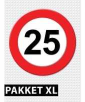 Feest 25 jarige verkeerbord decoratie pakket xl