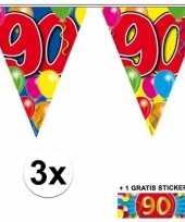 Feest 3 gekleurde vlaggenlijnen 90 jaar met sticker