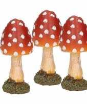 Feest 3x paddestoelen rood met witte stippen 8 cm