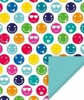 Feest 4x geschenkpapier gekleurde smileys thema 70 x 200 cm