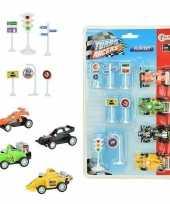 Feest 4x race auto met verkeersborden stoplichten speelgoed set
