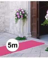 Feest 5 meter lichtroze decoratie loper 1 meter breed