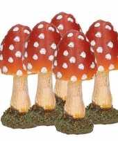Feest 5x paddestoelen rood met witte stippen 8 cm