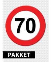 Feest 70 jarige verkeerbord decoratie pakket