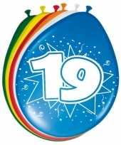 Feest 8 stuks ballonnen 19 jaar