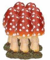 Feest 8x paddestoelen rood met witte stippen 8 cm