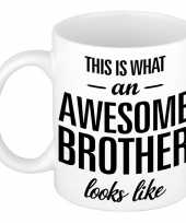 Feest awesome brother cadeau mok beker voor broer 300 ml