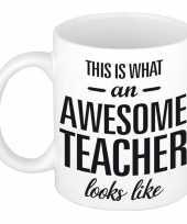 Feest awesome teacher cadeau mok beker voor juf meester 300 ml