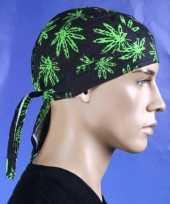 Feest bandana met cannabis motief