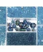 Feest bewaardoosje met turquoise glaskralen