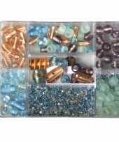 Feest bewaardoosje met turquoise parel glaskralen