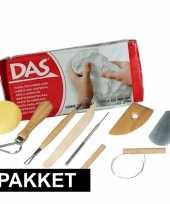 Feest boetseer basis pakket met witte klei en gereedschap