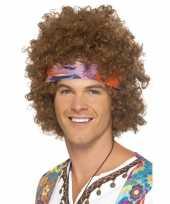Feest bruine hippie pruik met haarband voor heren