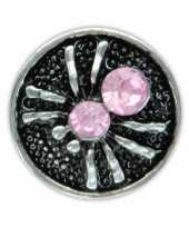 Feest drukknoop roze spinnetje voor chunk sieraad 1 8 cm