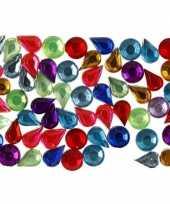 Feest gekleurde ronde en druppelvormige diamanten stenen 15 gr