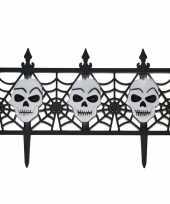Feest halloween versiering hekje met schedels