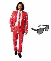Feest heren kostuum met kerst print maat 52 xl met gratis zonnebril