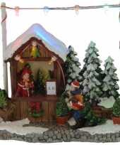 Feest kerstdorp kerstboom kraampje winkeltje 16 cm met led verlichting