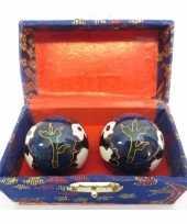 Feest levensenergie kogels yin yang blauw in kistje