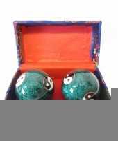 Feest levensenergie kogels yin yang groen in kistje