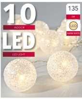 Feest lichtsnoer met 10 witte glitter bolletjes warm wit op batterij 135 cm