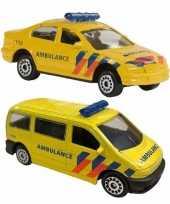 Feest nederlandse ambulance speelgoed modelauto set 2 dlg