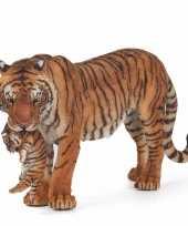 Feest plastic speelgoed tijgers met welpje 15 cm