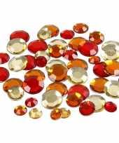 Feest rode diamanten stenen rond