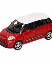 Feest speelgoed rood witte fiat 500 l auto 11 5 cm