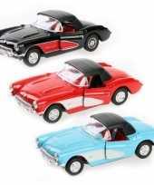 Feest speelgoedauto chevrolet corvette 1957