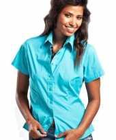 Feest turquoise damesblouse met korte mouwen