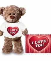 Feest valentijnskaart en knuffelbeer 24 cm met i love you hartje shirt