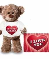 Feest valentijnskaart en knuffelbeer 24 cm met ik vind je lekker shirt
