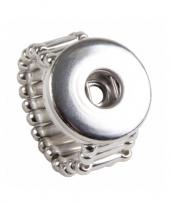 Feest zilveren ring voor een chunk